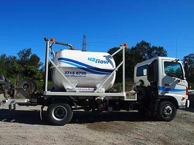 H2Flow-Small-Truck-available-for-wet-Hire2-brisbane