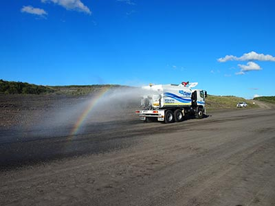 H2Flow-Wet-Hire-Water-Truck-performing-dust-control-brisbane