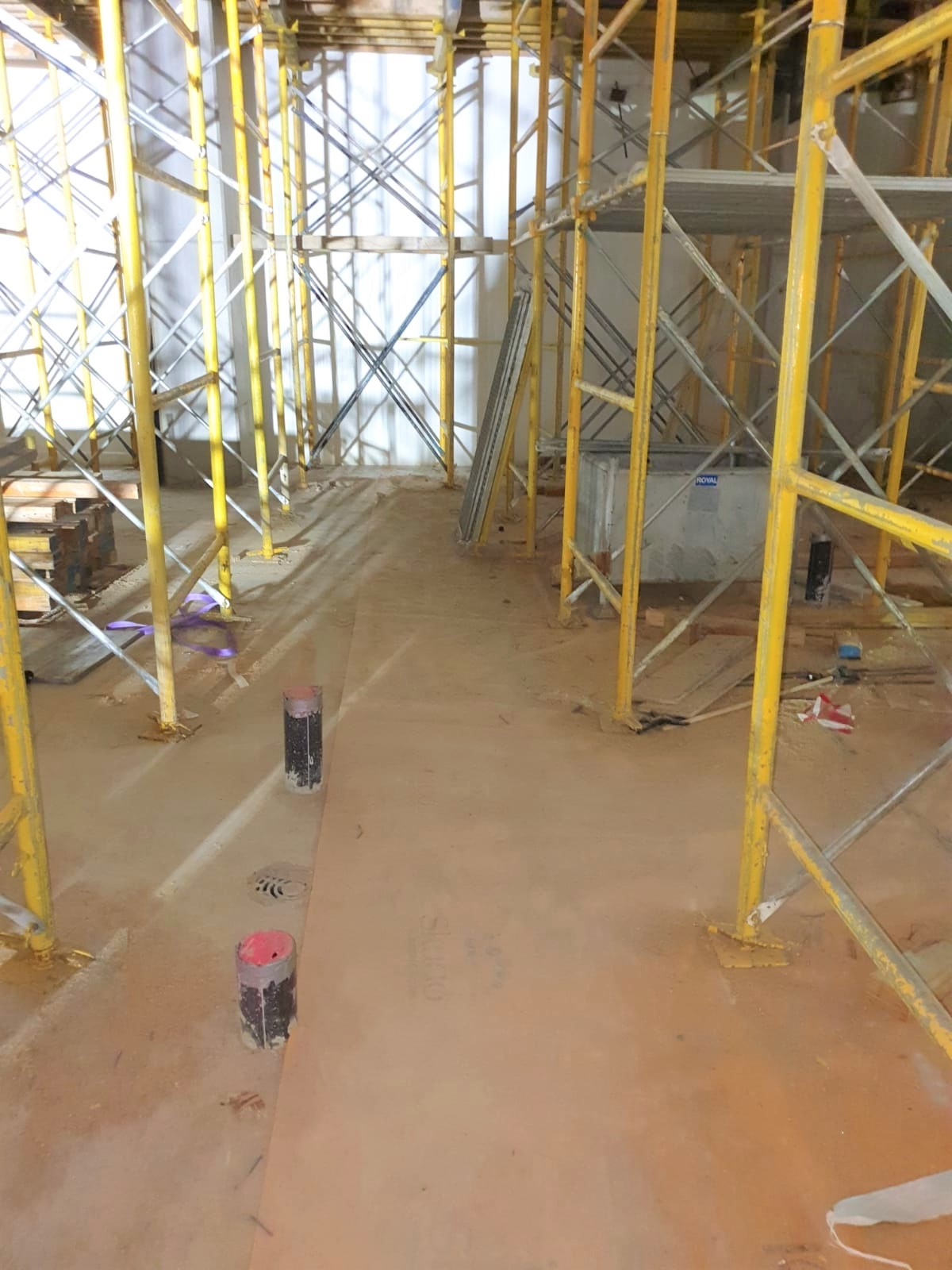 Skudo HT Commercial Mat Loose Laid protecting an internal concrete slab