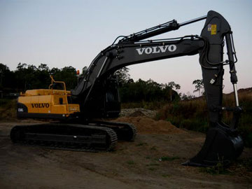 Haber Xcavations excavator hire