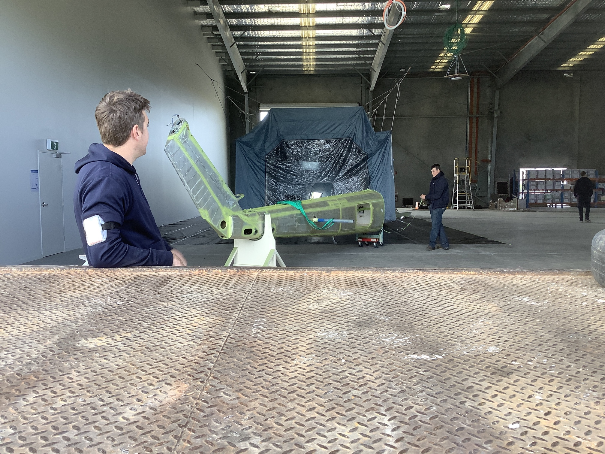 Helicopter tail unloaded