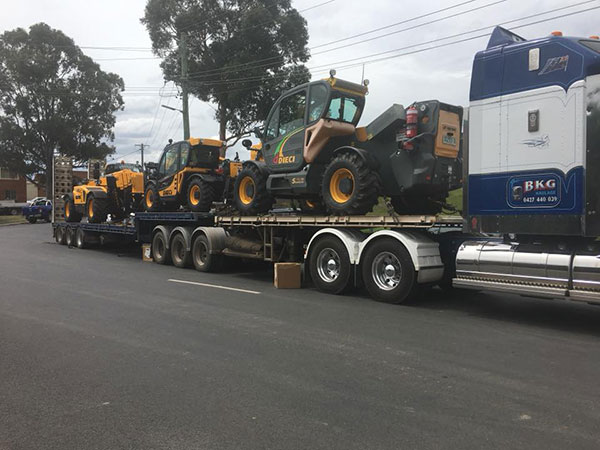 Hi-Range-Crane-Hire-Fleet-telehandler-EWP-float-Campbelltown