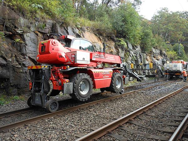 Hi-Range-Crane-Hire-Hi-Rail-EWP-Rail-crane-EWP-Train-rail-services-campbelltown