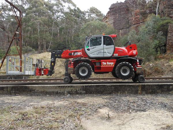 Hi-Range-Crane-Hire-Hi-Rail-EWP-hi-rail-travel-2-hire-Campbelltown