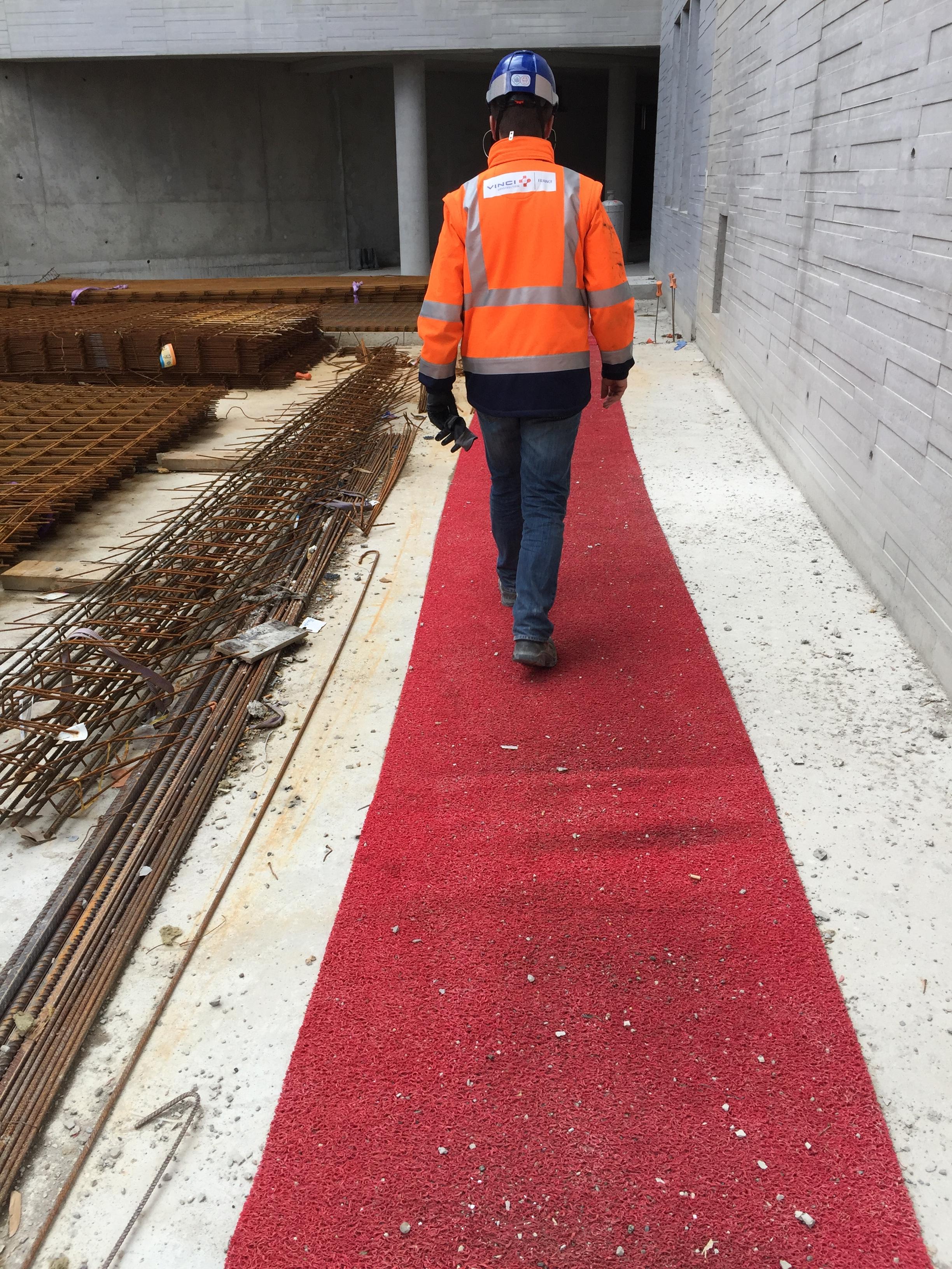 Boss Mat safety walkway / pedestrian walkway making sites safer