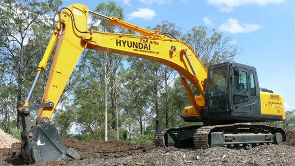Hyundai 21t Excavator Hire Ipswich