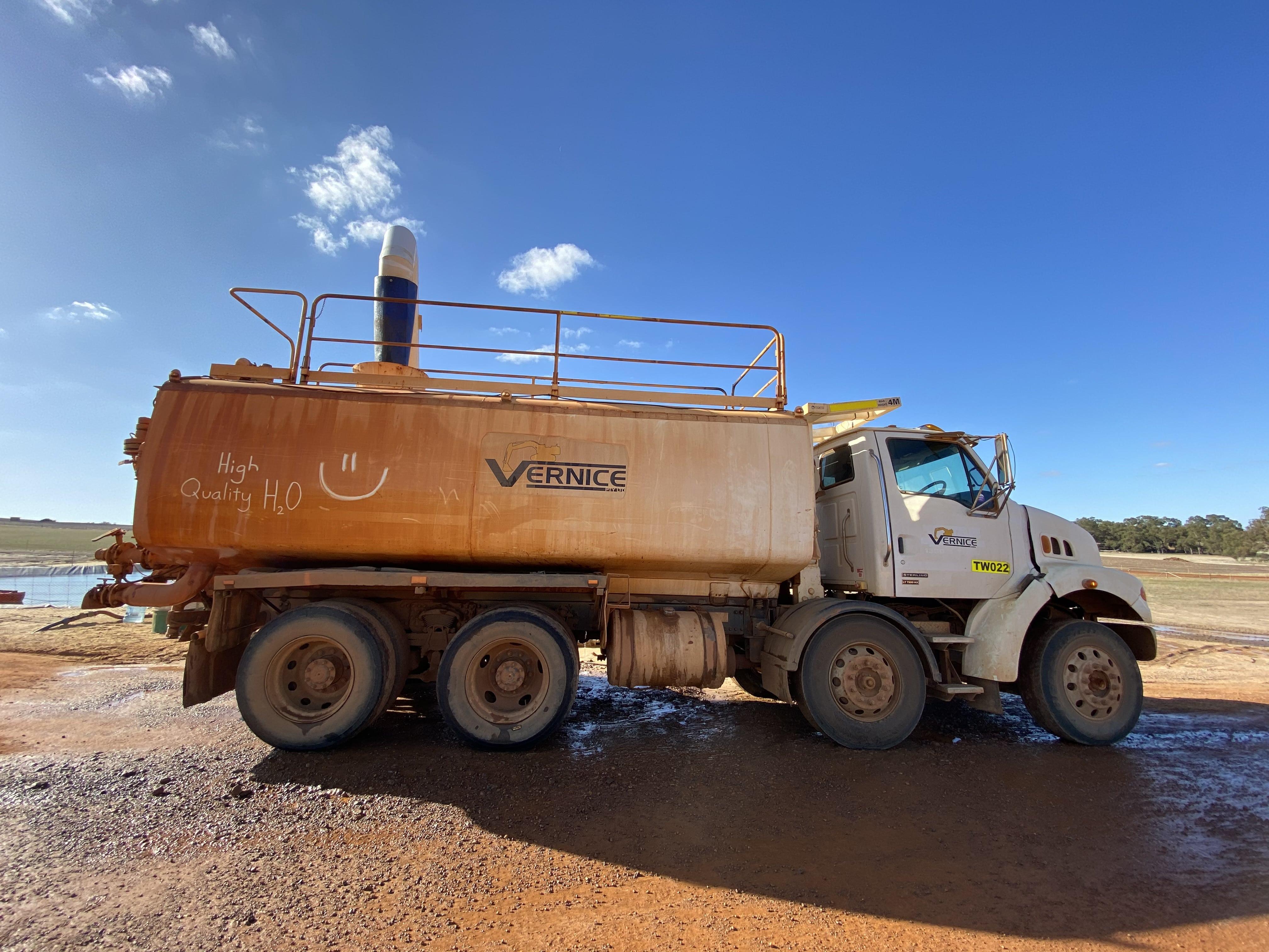 15000L water cart hire vernice western australia