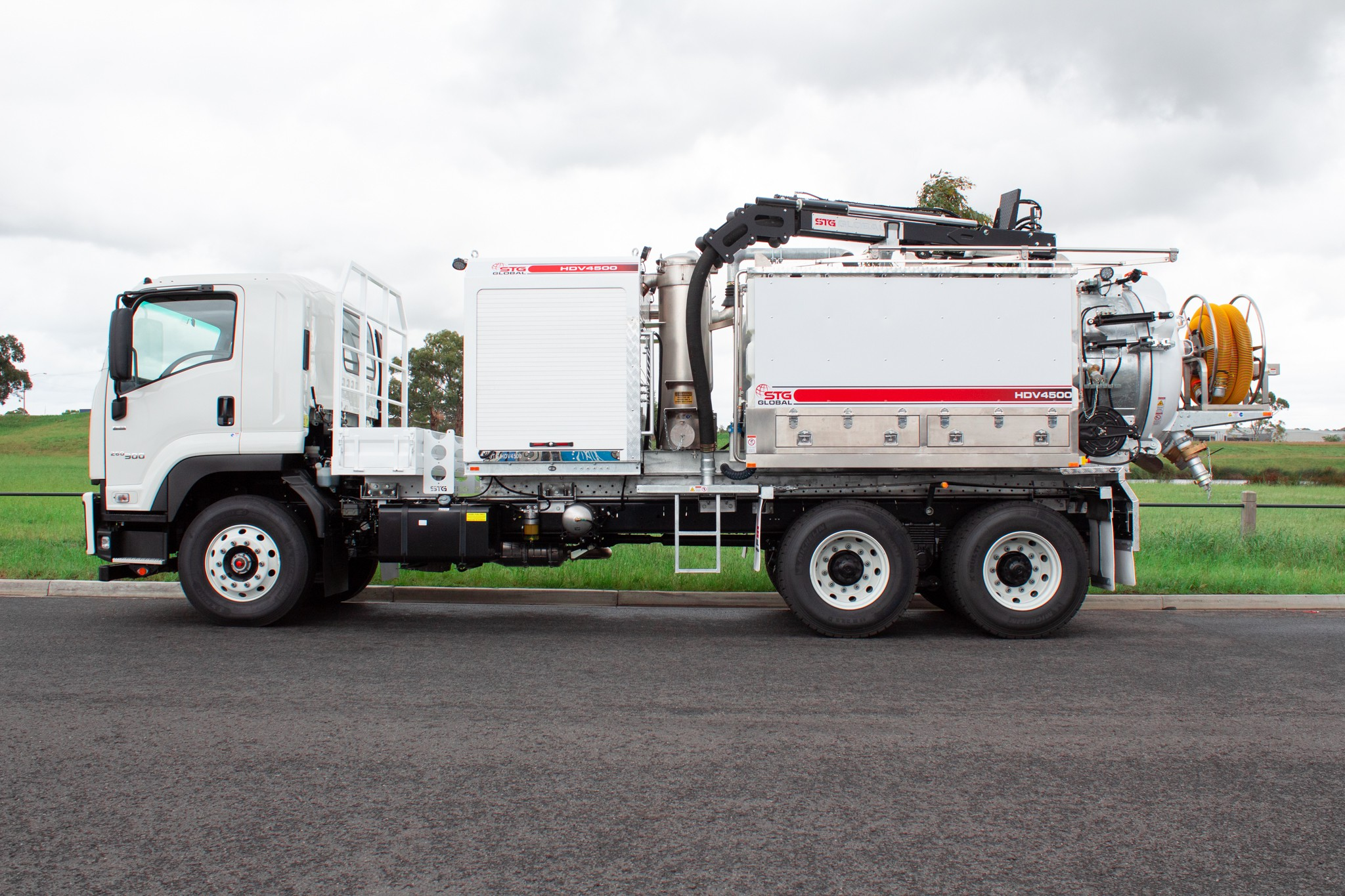 STG Global 2019 Isuzu FVZ260-300 Auto 6x4 4,500Lt Vac Truck for sale