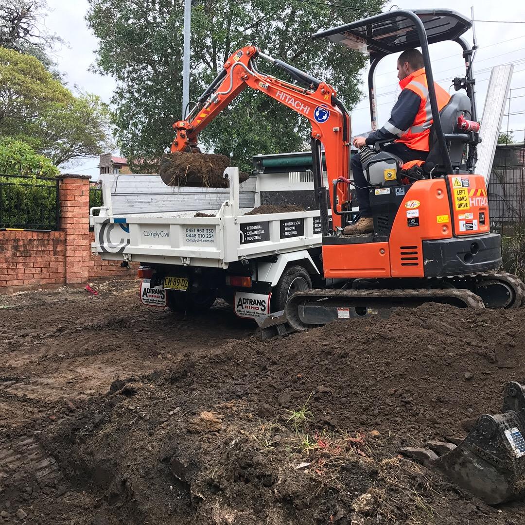 Comply Civil - Mini Excavator hire