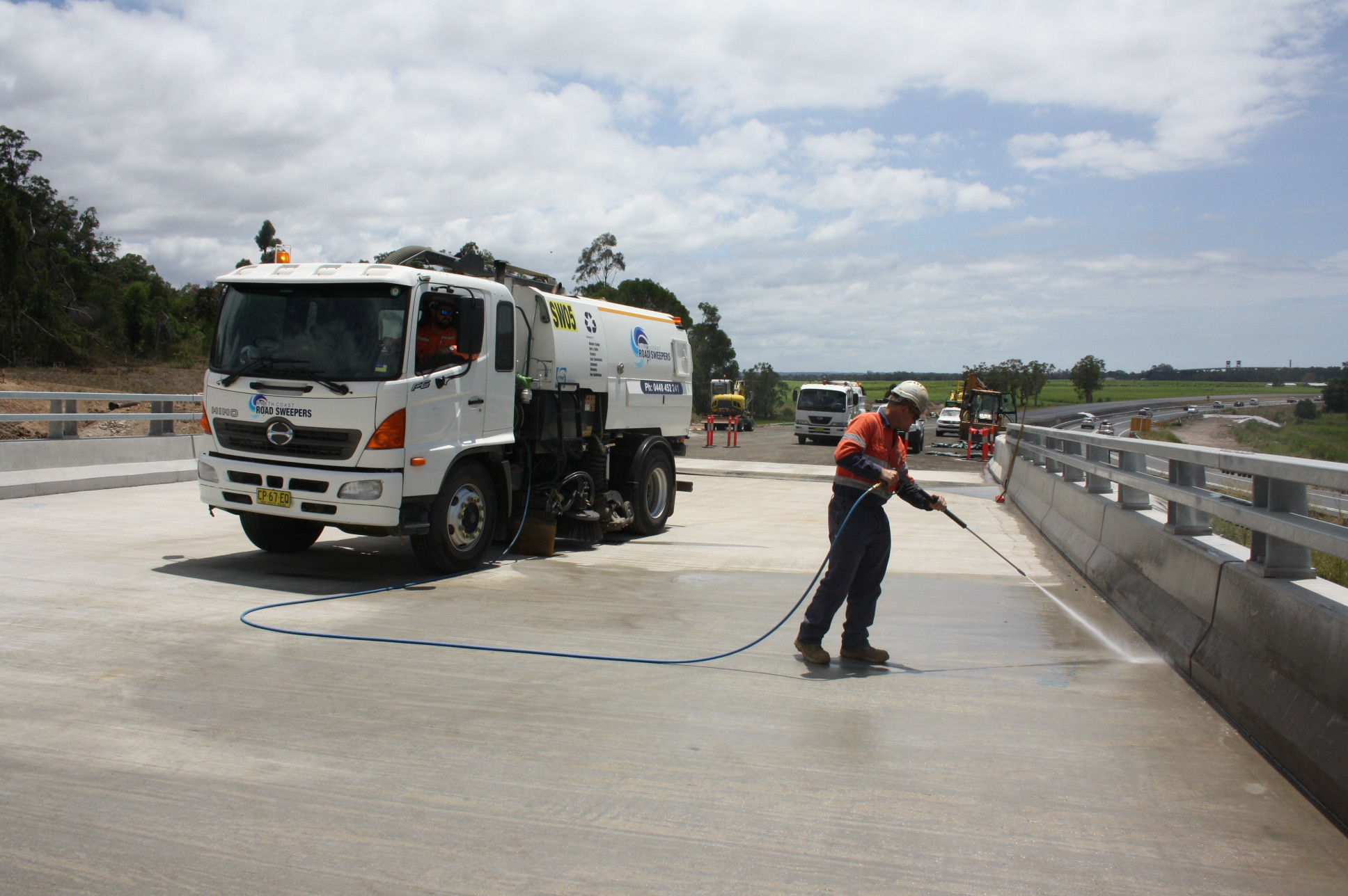 North-Coast-Sweeper-truck-4-High-Pressure-Site-Cleaning
