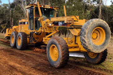Johm-Maloney-Contracting-Grader-for-Hire