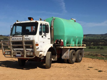 John-Moloney-Contracting-water-truck-hire