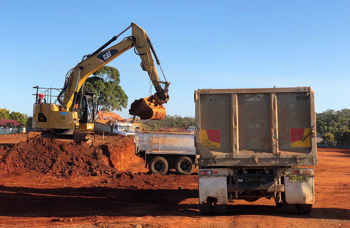 Koker-Civil-Excavator-and-Tipper-Lismore