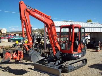 Excavator-hire-KX121-3S1