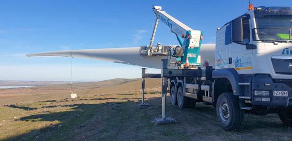 Turbine stand-up