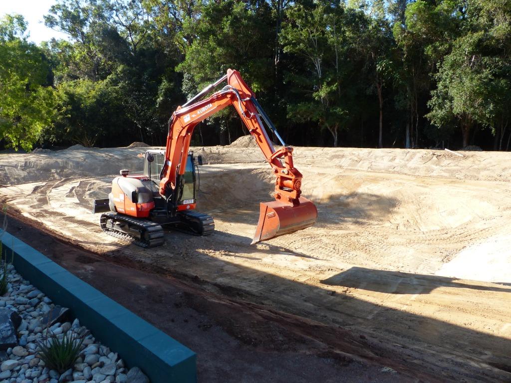 MDB Excavations Dam construction Excavator Kubota
