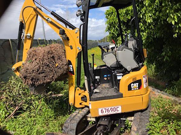 MW-Hire-Mini-Excavator-Dry-Hire