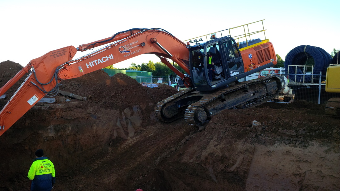 Macquarie Civil Excavating for discharge structure modifications Narromine NSW