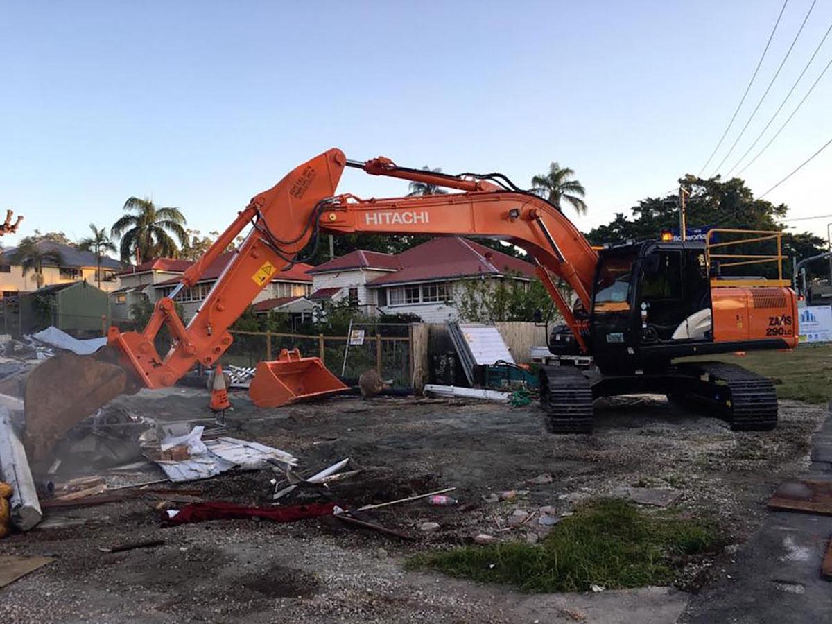 Mcmanaway_Earthmoving excavation excavator