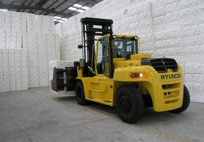 Nationwide-Sales-Service-and-Rentals-wheel-electric-counterbalance-forklift-trucks-forklifts