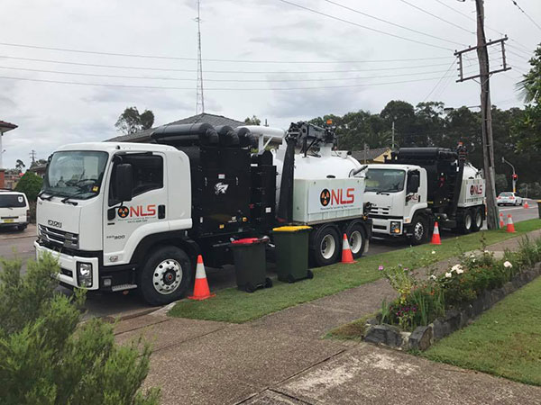 Newcastle-Locating-Services-vacuum-trucks-house-onsite