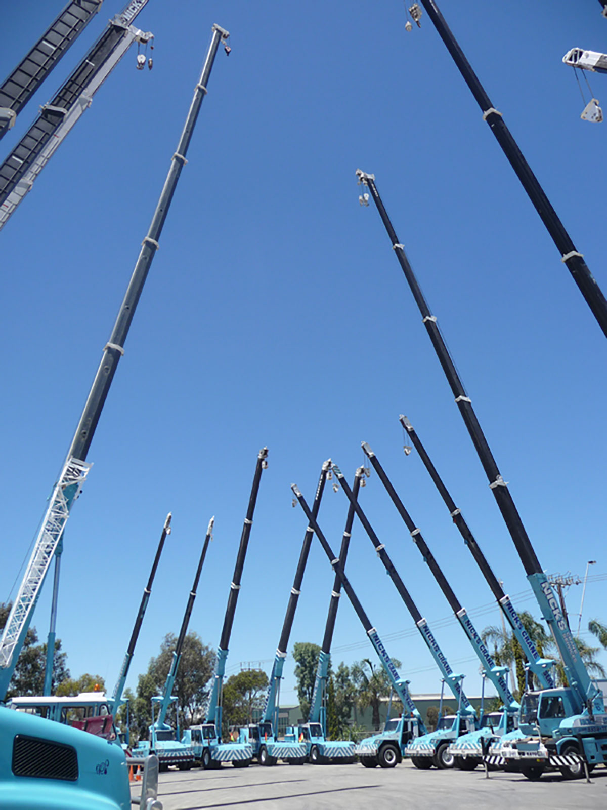 Nicks-Cranes-Services-fleet-franna-hire-Adelaide-Wingfield