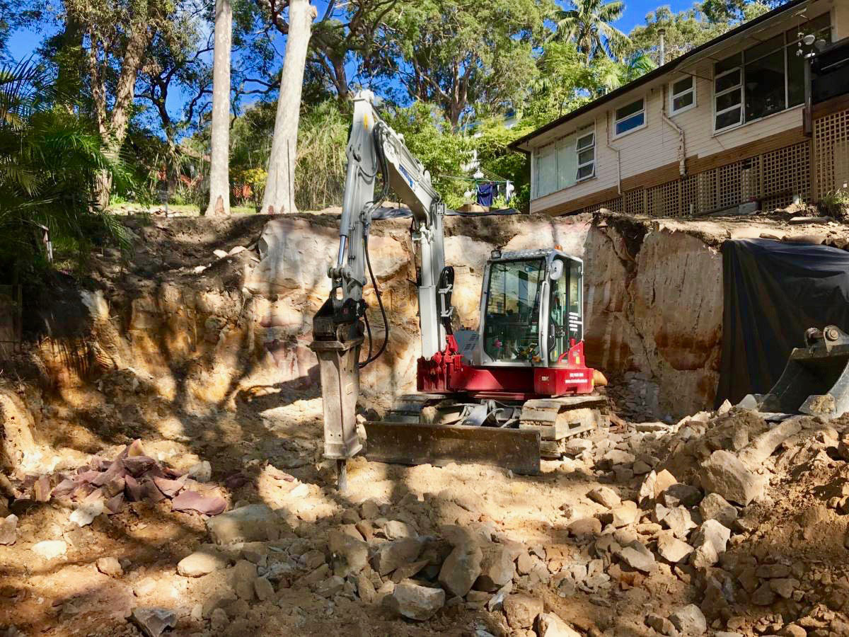 Northern-Contracting-Group-Excavator-with-rock-breaker-Sydney