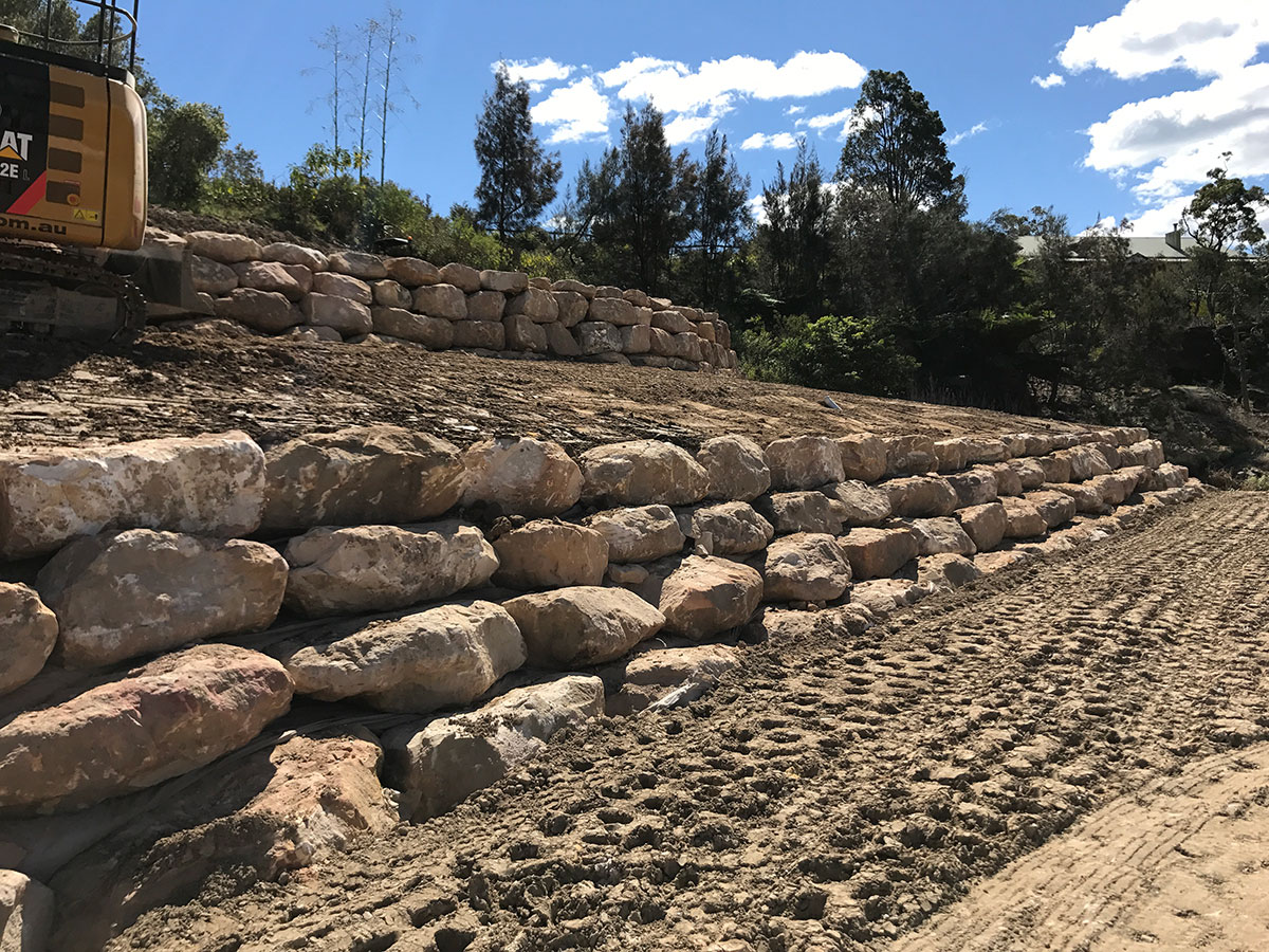 Northern-Contracting-Group-Rock-Retaining-Wall-Construction-Sydney