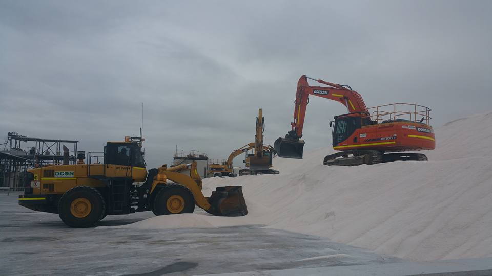 OCON Services front loader and excavator on site