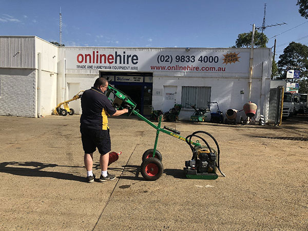 Online-Hire-operator-remove-auger-post-hole-drill-Sydney