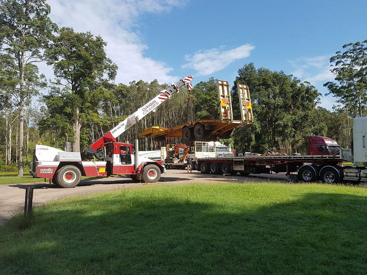 Origin-Cranes-franna-float-truck-lift-machinery-move-Caloundra