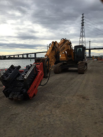 PACC-Civil-excavator-onsite-attachment