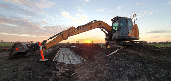PCP-Civil-Earthworks-excavator-hire-Brisbane-2