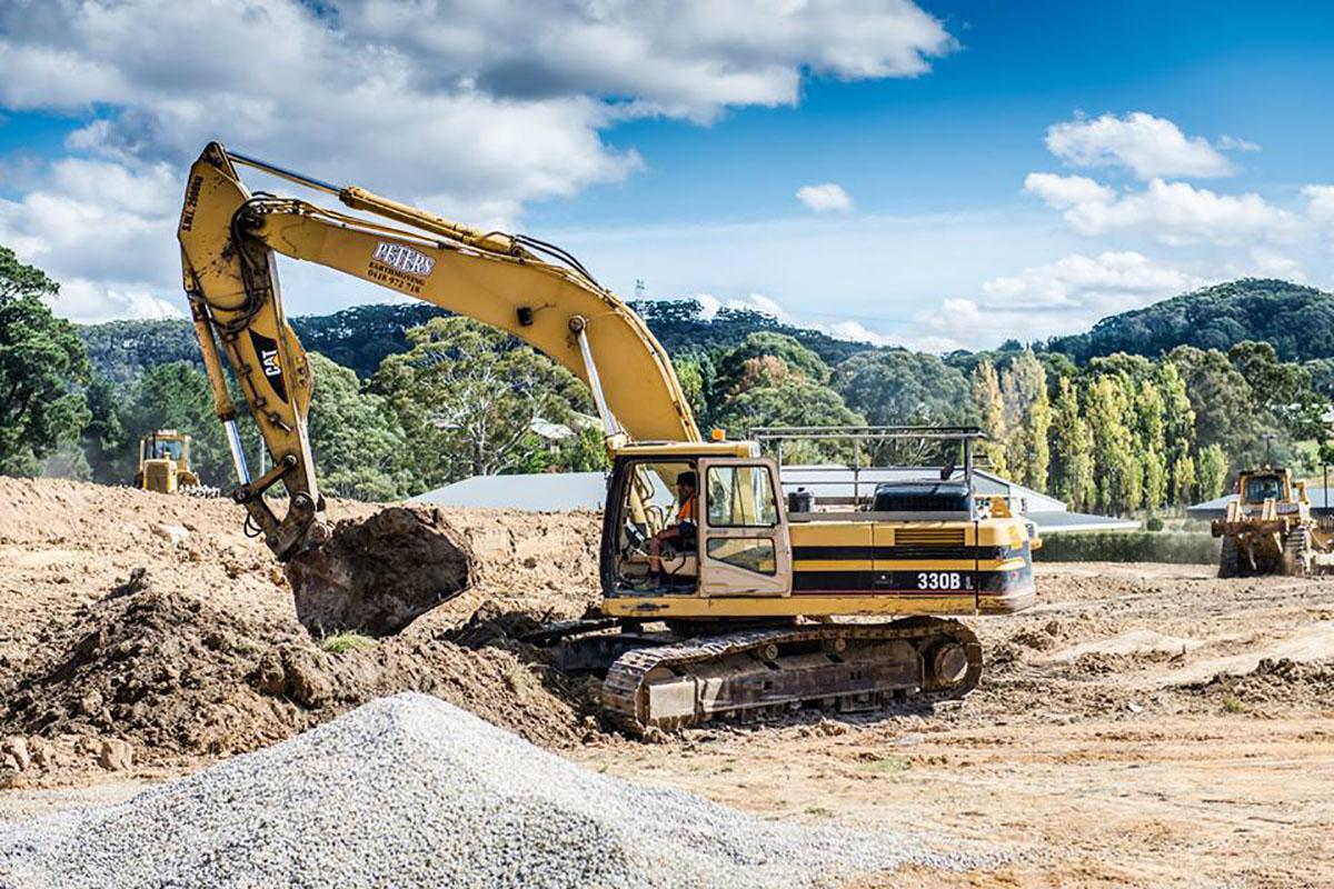 Peters Earthmoving 330B Excavator