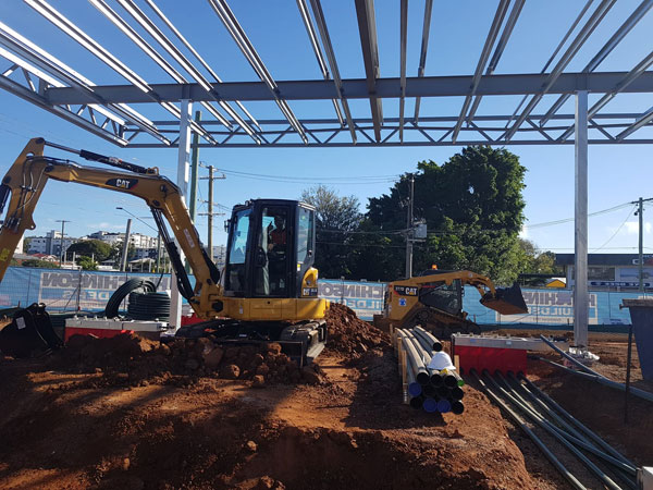 Phoenix-Fuel-Systems-excavators-on-site-plant-hire