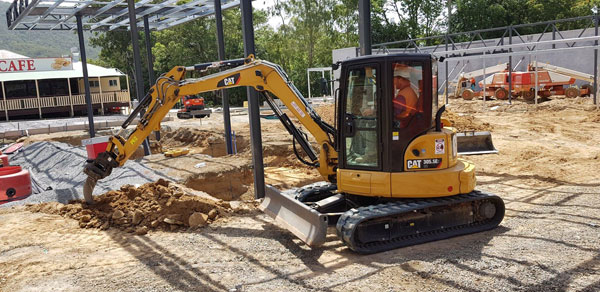 Phoenix-Fuel-Systems-excavators-plant-hire