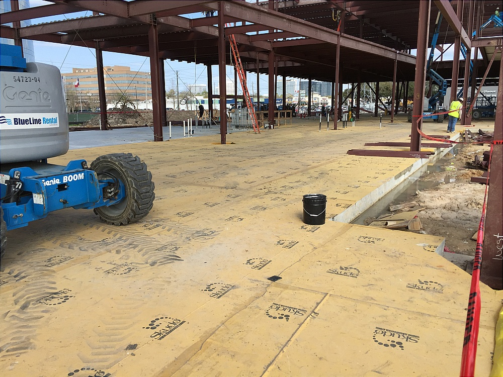 Skudo HT Commercial System protecting an external concrete slab