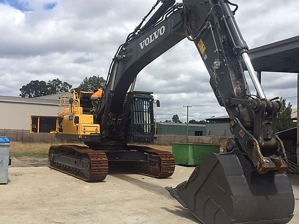 Plant-Shift excavator hire Narellan New South Wales