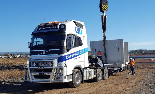 Transport Prime Mover Hire, Bogie tipper hire, truck and dogs