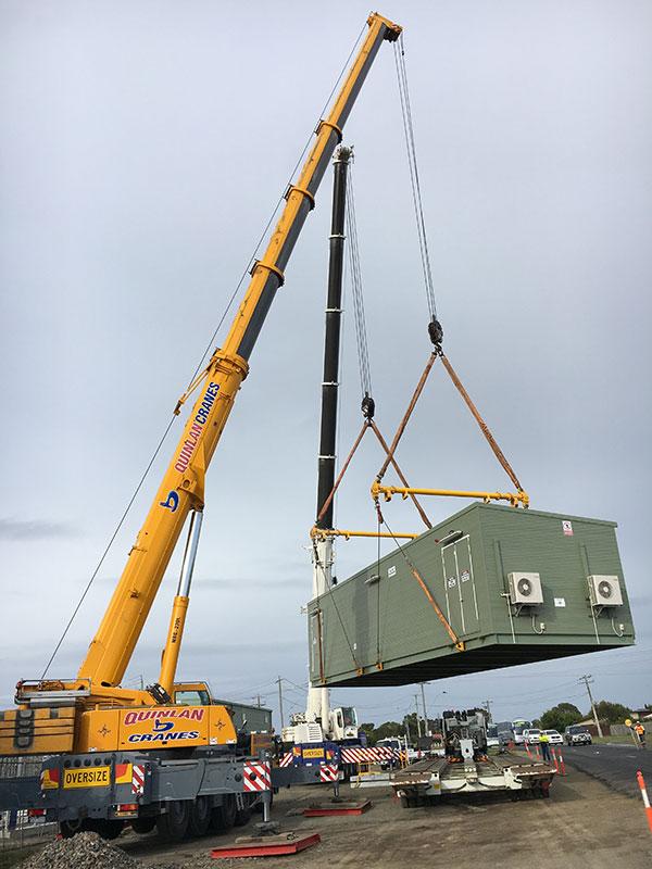 Quinlan-Cranes-electiral-generator-transport-lift-crane-truck-hire-Melbourne