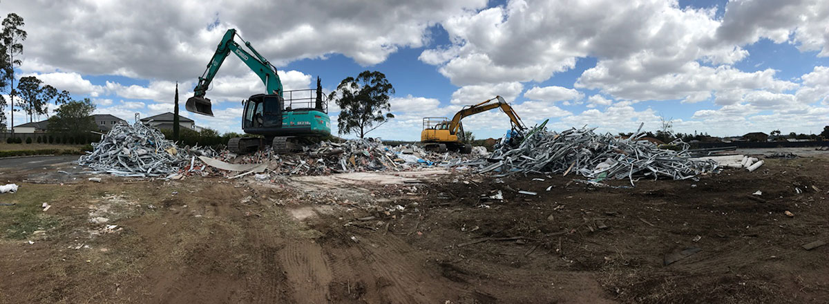 Relient-Civil-Excavator-and-Mini-Excavator-Demolition-Brisbane