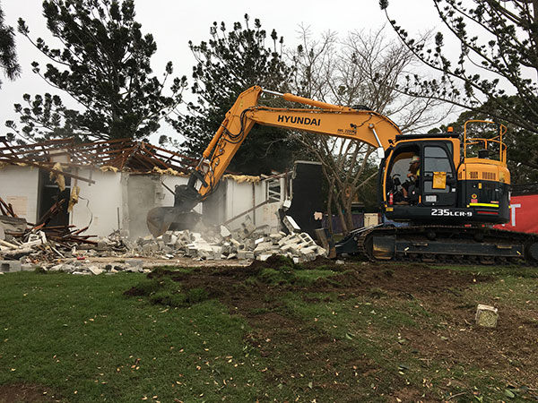 Relient-Civil-Group-demolish-house-Brisbane