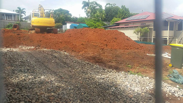 Relient-Civil-Kubota-Excavator-on-Red-Dirt-Brisbane