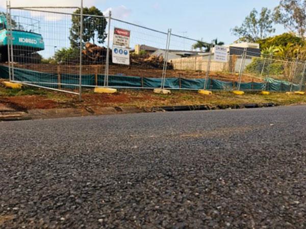 Relient-Civil-Temporary-Fencing-with-asphalt-Brisbane