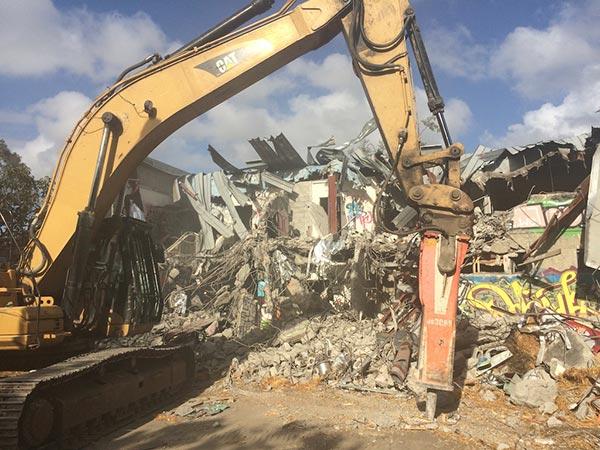 Roelandts-Group-Excavator Demolition-Contractor-Brisbane