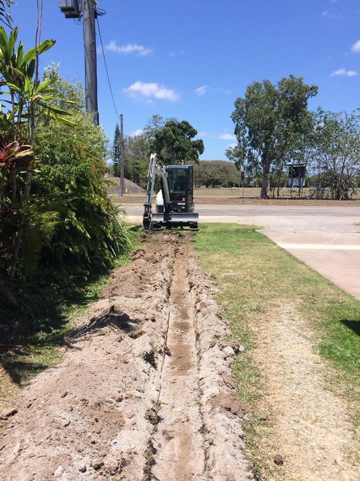 Rojo Plant Hire - Excavator Trenching