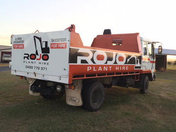 Rojo-Plant-Hire-Truck-and-Dog-Tipper-Truck-Hire