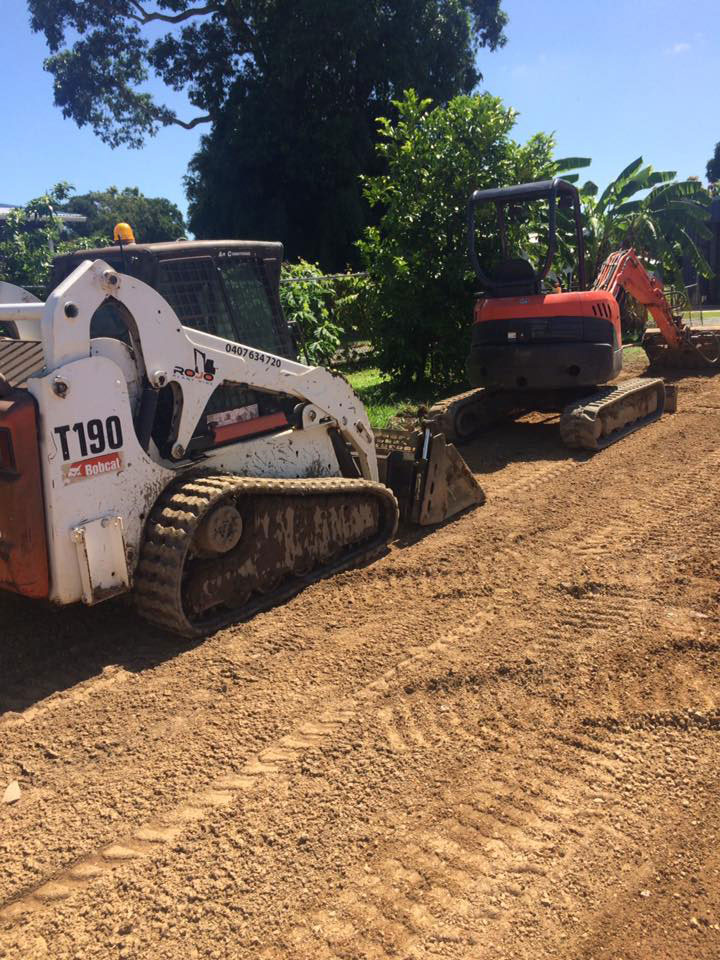 Rojo-Civil-Services-Landscaping-Services-Townsville-bobcat-&-excavator