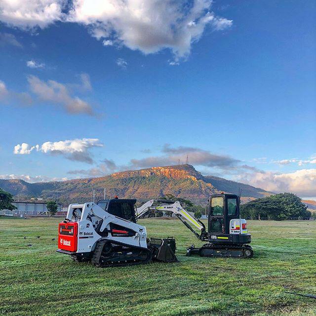 Rojo-Civil-Services-Townsville-bobcat-&-excavator