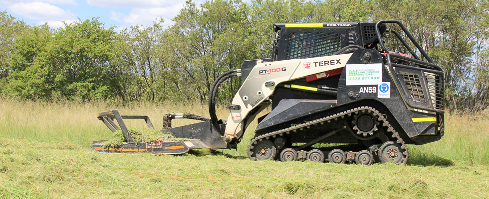 Posi-track loaders, the ideal equipment for safe and effective, slashing